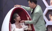 Trường Giang liên tục đòi hôn, Lynk Lee ngượng ngùng né tránh