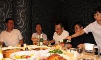 Uống rượu với lãnh đạo bữa tối, đừng tin ba lời nhà lãnh đạo nói, bạn càng tin, bạn càng thua