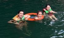 Uyên Linh cùng hội bạn thân Quốc Thiên, Phương Linh khám phá hang động ở Quảng Bình
