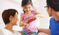 Trẻ em bao nhiêu tuổi có thể dùng điện thoại di động? Không phải là 10 hay 15 tuổi, mà là đúng cách