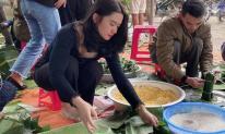 Gái xinh gây sốt khi gói bánh chưng ủng hộ miền Trung: Dân tình rầm rầm xin info