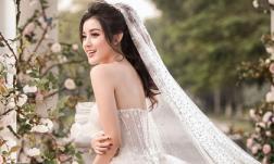 Huyền My đăng loạt ảnh diện váy cô dâu, fans hô hào giục cưới
