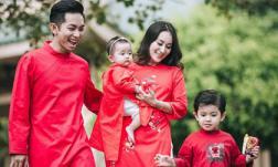 Phan Hiển: 'Đến giờ, Thi phải ngồi bàn tiệc riêng cùng các cháu nhỏ, không được ngồi chung với người lớn'