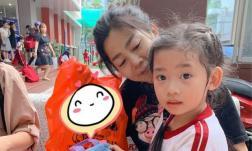 Con gái Mai Phương đã chuyển về ở với bố mẹ Phùng Ngọc Huy, có nhiều thay đổi sau 2 tháng