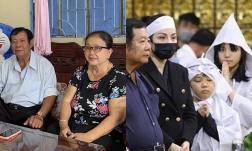 Bố mẹ và vợ cũ Vân Quang Long lên tiếng nhờ công an vào cuộc khi liên tục bị bôi nhọ danh dự