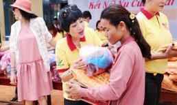 Ngọc Khuê cùng dàn nghệ sĩ phía Nam làm từ thiện ở Quảng Ngãi
