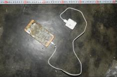 Điện thoại phát nổ lúc đang sạc pin, thanh niên tử vong trên giường ngủ