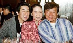 Không xuất hiện ồn ào bên nhau, vợ Thành Long âm thầm đến ủng hộ phim mới của chồng