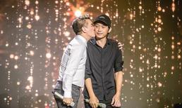 Sau nhiều năm rạn nứt, Đàm Vĩnh Hưng vui mừng được hôn và song ca cùng danh hài Hoài Linh