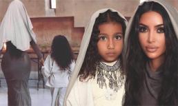 Khoe ảnh đi nhà thờ cùng con gái, Kim Kardashian bị ném đá khi diện đồ bó sát sexy không hợp cảnh