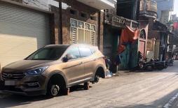 Đỗ xe qua đêm ngay trước cửa nhà, 'xế hộp' tiền vẫn bị kẻ gian tháo trộm hết 4 bánh