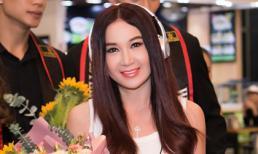 'Phan Kim Liên' Ôn Bích Hà đến Việt Nam, nhan sắc trẻ trung như gái đôi mươi dù đã ở tuổi 53