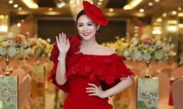 Bùi Thanh Hương biến hóa lộng lẫy thành đóa hồng nhung khoe sắc trong đêm hội 'Happy Women Leader Global Award 2019'