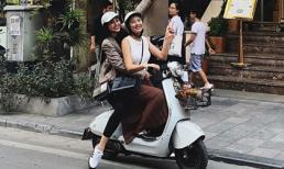 Ngọc Hân chở đàn em Hoa hậu Tiểu Vy dạo phố Hà Nội bằng xe máy