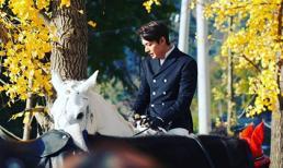 'Quân vương' Lee Min Ho khiến trái tim thiếu nữ thổn thức với hình ảnh cưỡi bạch mã quá soái