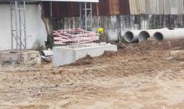 Phát hiện thi thể trẻ sơ sinh phân hủy trong đống cát công trình ở Sài Gòn