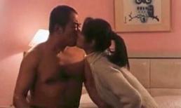 Lâm Tâm Như khó chịu khi quay cảnh hôn môi, dụ dỗ lên giường với 'Hoàng A Mã' Trương Thiết Lâm