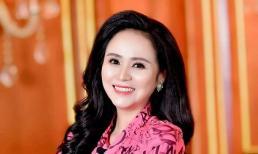 Nữ hoàng hoa hồng Bùi Thanh Hương: từ doanh nhân đến host của chương trình Women Leader Rountable