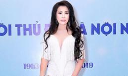 Hoa hậu Christine Thúy Hằng diện dạ hội trắng mướt làm khách VIP trên thảm đỏ tại Hà Nội
