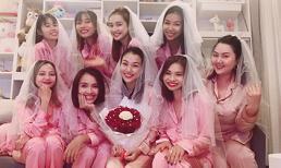 Hoàng Oanh cùng hội bạn thân Nhã Phương, Ái Phương diện pijama quẩy tưng bừng trong tiệc độc thân