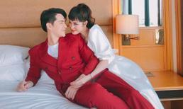 Hậu đám cưới, Đông Nhi trêu chồng là 'chàng tiên cá' vì cách tạo dáng cực bá đạo