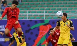 Hà Đức Chinh ghi bàn thắng đầu tiên cho Việt Nam tại SEA Games 30
