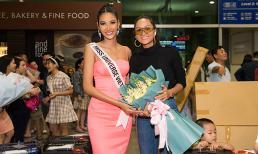 H'Hen Niê khoe vẻ đẹp cá tính, đến tiễn Hoàng Thuỳ chinh chiến tại Miss Universe 2019