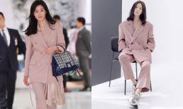 Jeon Ji Hyun và Song Hye Kyo hiếm lắm mới diện đồ na ná nhau: 'Mợ chảnh' trẻ trung dù có 2 con, nhưng vẫn thua chị Song ở điểm này