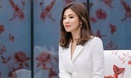 Bỏ lại phía sau quá khứ với Song Joong Ki, Song Hye Kyo khoe nhan sắc ngày một lên hương