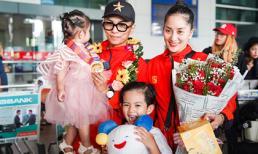 Khánh Thi - Phan Hiển hạnh phúc trong vòng tay chào đón của 2 con khi về nước