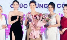 Ngọc Trinh trao danh vị Đại sứ cho Diễn viên Lã Thanh Huyền