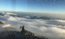Tuyết rơi trắng xóa trên đỉnh Fansipan khi nhiệt độ giảm xuống -8 độ C
