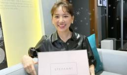 Hari Won hào hứng đập hộp món quà hàng hiệu hơn 200 triệu