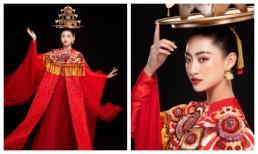 Hoa hậu Lương Thuỳ Linh đẹp mê hoặc trong điệu múa mâm vàng