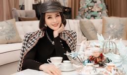 Chất chơi như nữ MC không tuổi diện đồ hiệu toàn tập trong bộ ảnh Giáng Sinh
