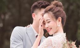 Cầu thủ Phan Văn Đức lần đầu công khai chuyện cưới xin với bạn gái xinh đẹp