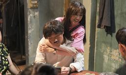 Đến trường quay thăm ông xã, Hari Won còn ôm ấp chồng tự nhiên trước mặt đồng nghiệp