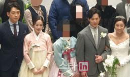 'Gái hai con' Kim Tae Hee mặc hanbok cùng Bi Rain tham dự đám cưới em trai