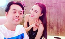Chụp ảnh cùng Dương Khắc Linh, Lan Ngọc ý tứ che chắn vòng một