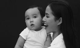 Không còn úp mở, Phạm Hương chính thức kết năm bằng hình ảnh rõ mặt con trai cực kháu khỉnh
