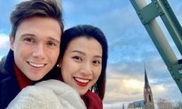 Sau một tháng kết hôn, MC Hoàng Oanh ngầm thừa nhận mang thai con đầu lòng với chồng Tây?