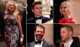 Gia đình Tổng thống Mỹ tổ chức tiệc năm mới xa hoa, cậu út Barron Trump mặc tuxedo điển trai hết phần thiên hạ