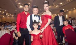 Dàn ca sĩ 'khủng' hát nhảy tưng bừng trong tiệc tất niên công ty của Hoa hậu Bùi Thị Hà