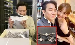 Đầu năm 2020, Trấn Thành và Hari Won thi nhau đập hộp hàng hiệu xịn xò