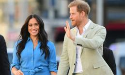 Meghan Markle sắp bị loại khỏi Hoàng gia Anh vì 'mất hút' bí ẩn, hết kỳ nghỉ 6 tuần cũng không chịu lộ diện cùng chồng con?