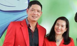 Vợ chồng Bình Minh diện đồ đỏ ton-sur-ton dự sự kiện