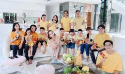 Ngọc Trinh khoe ảnh vui Tết cùng đại gia đình trong biệt thự triệu đô