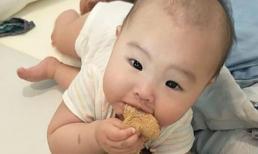 Làm thế nào để cho bé có một hình dạng đầu đẹp? 4 cách nhỏ để định hình lại hình dạng đầu hoàn hảo của bé