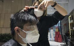 'Cắt tóc' trong giai đoạn 'Covid-19', làm thế nào để ngăn ngừa nguy cơ lây nhiễm?