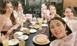 Ngọc Hân - Đỗ Mỹ Linh cùng dàn người đẹp hội tụ mừng sinh nhật Tố Như